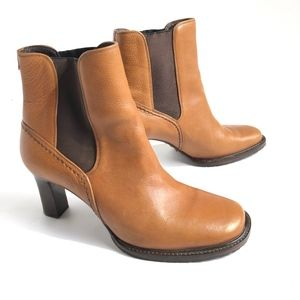 Cole Haan Country Womens Boots Sz 8.5 Leather EUC